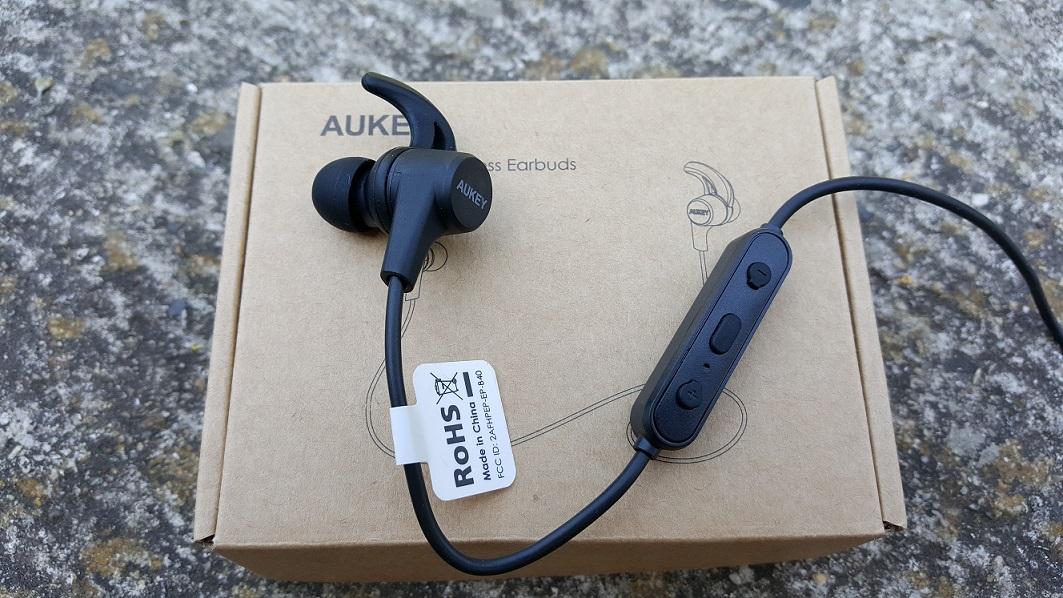 auriculares-AUKEY-Latitude