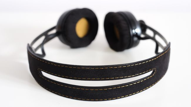 sennheiser-momentum-on-ear-2.0